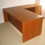 Second-hand desk
