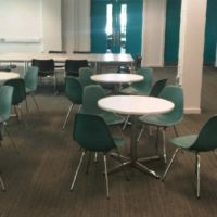 Cool and calm multipurpose space for meeting working and learning